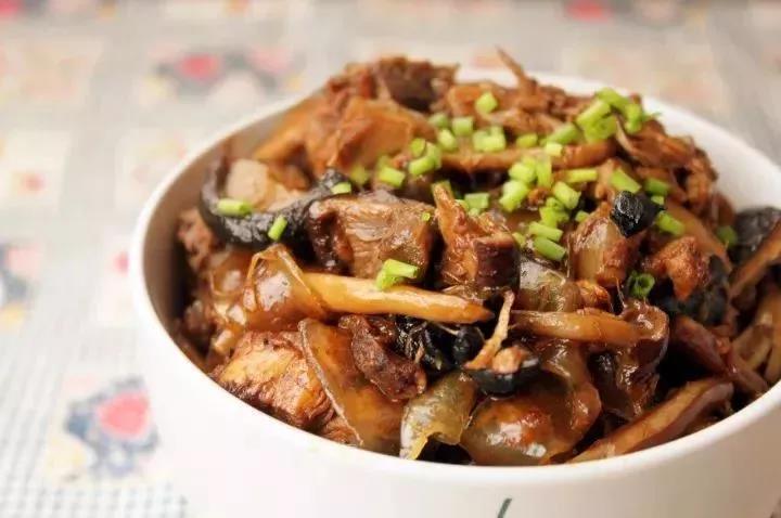 这 五款热乎乎的炖菜 冬天吃它们 暖和又美味!