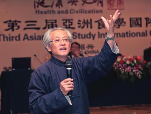 疫情大考下反思餐桌之变 ——— 饮食文化专家赵荣光访谈